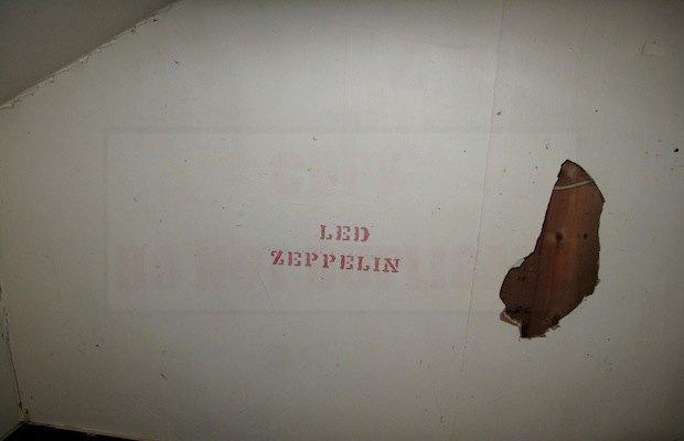 Дом с рисунками Курта Кобейна выставят на продажу. Изображение № 4.