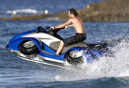 В США разработали скоростной квадроцикл-амфибию. Изображение № 1.