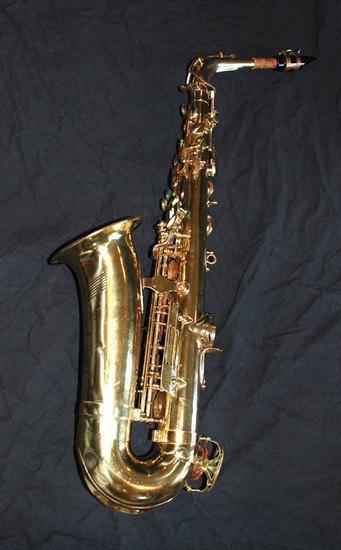Саксофон Джона Колтрейна выставлен на интернет-аукцион eBay. Изображение № 4.