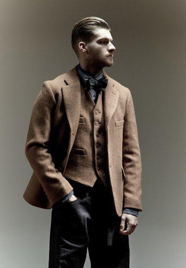 Марка Nigel Cabourn выпустила лукбук осенней коллекции одежды. Изображение № 1.