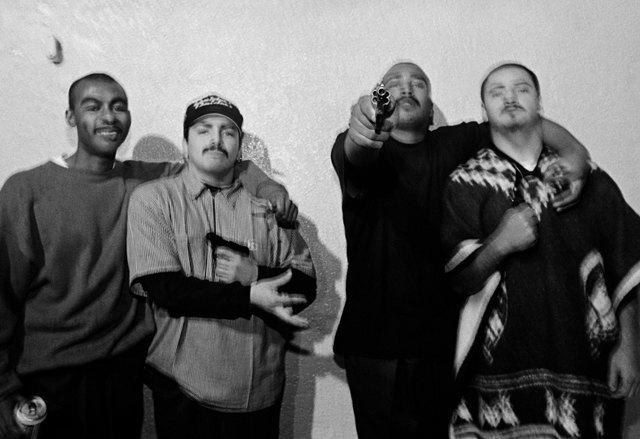 8 фотографов, исследовавших мир уличных банд. Изображение № 14.