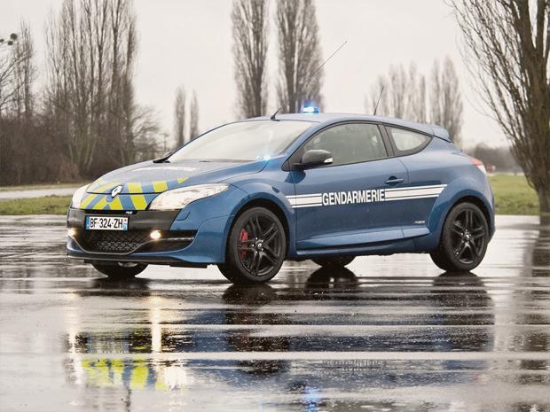 Полицейский беспредел: Самые навороченные авто на службе полиции разных стран. Изображение № 5.