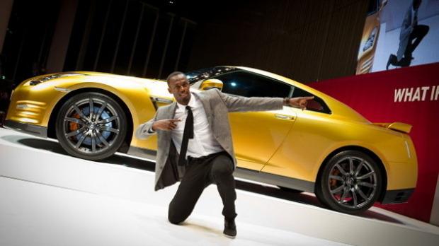 Nissan изготовил эксклюзивный золотой суперкар GT-R в честь Усэйна Болта. Изображение № 6.