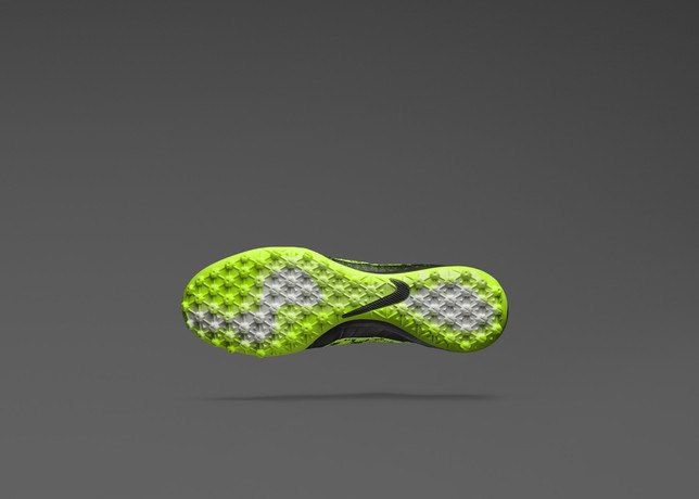 Nike представила новую версию бутс Elastico Superfly на текстильной основе. Изображение № 3.