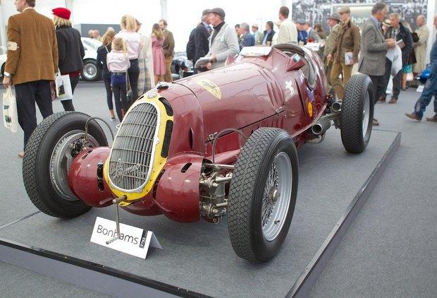 Самую дорогую в истории Alfa Romeo продали на аукционе. Изображение № 5.