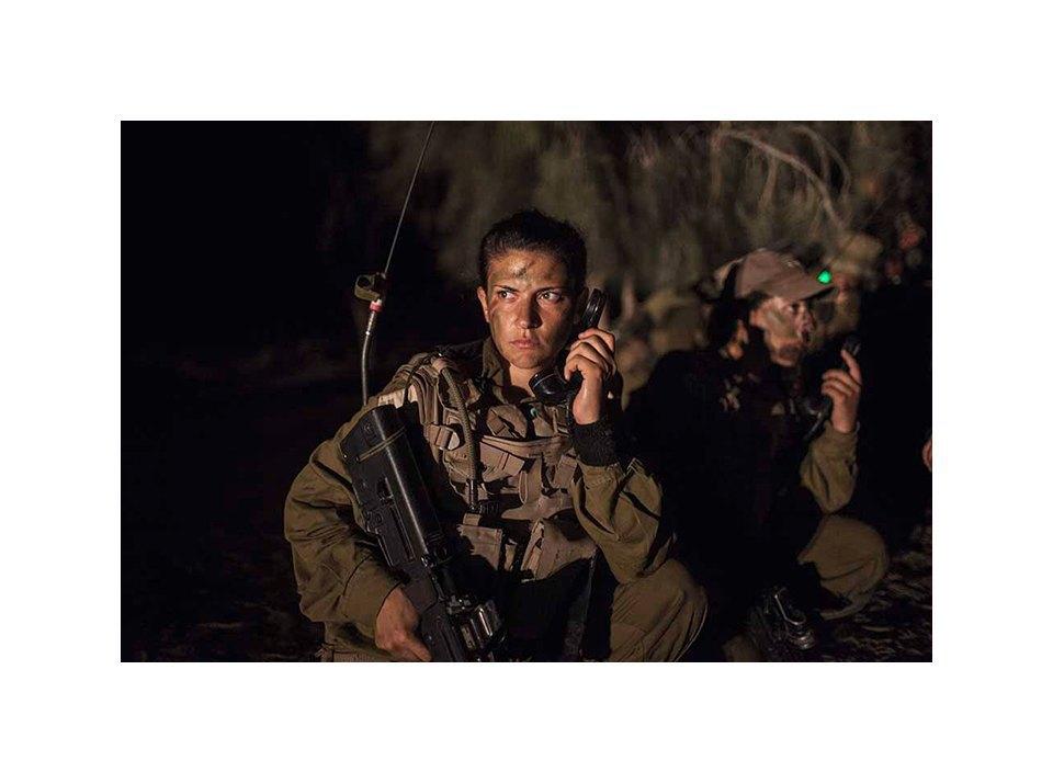 Фотопроект: Как служат женщины в армии Израиля. Изображение № 39.