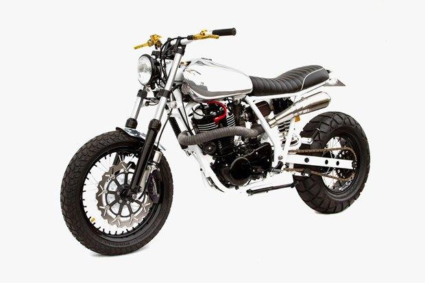 Мастерская Deus Ex Machina представила кастом на базе Yamaha SR400 . Изображение № 2.