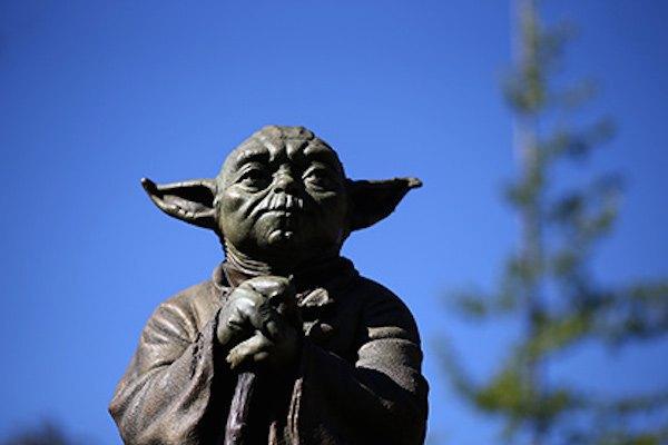 В Австралии украли памятник мастеру Йоде. Изображение № 1.
