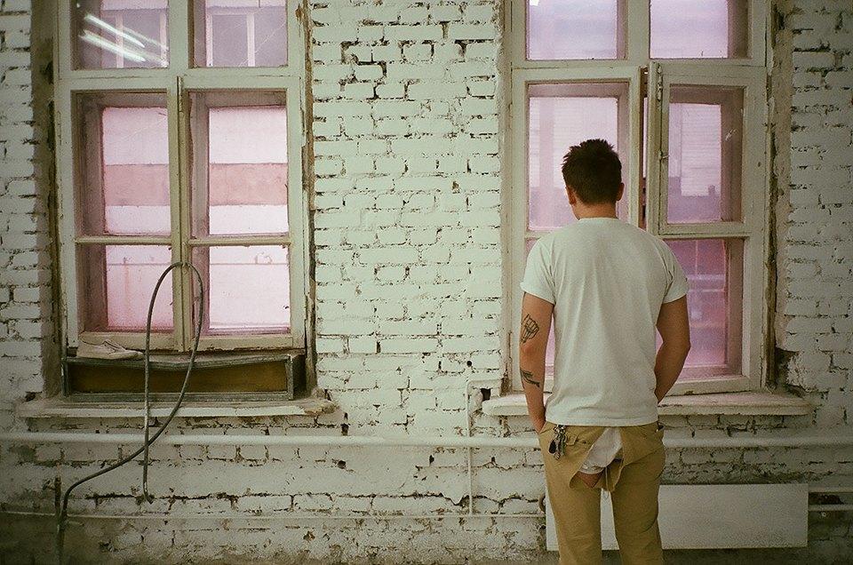 Фоторепортаж: Как мы сделали ремонт в мастерской силами редакции. Изображение № 45.