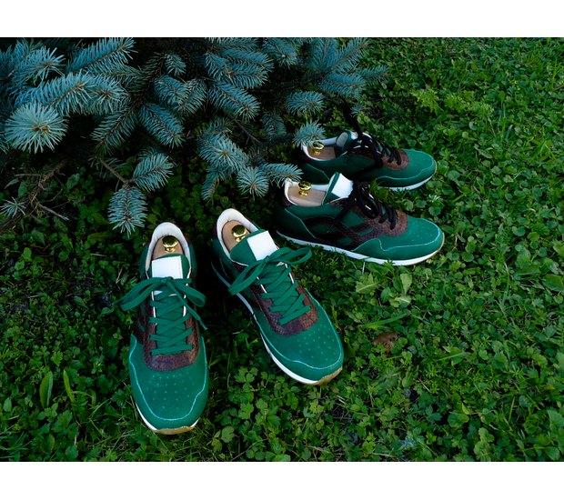 Марка AFOUR и магазин Zefear представили совместную коллекцию кроссовок. Изображение № 7.