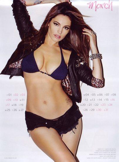 Актриса и модель Келли Брук выпустила собственный эротический календарь. Изображение № 4.