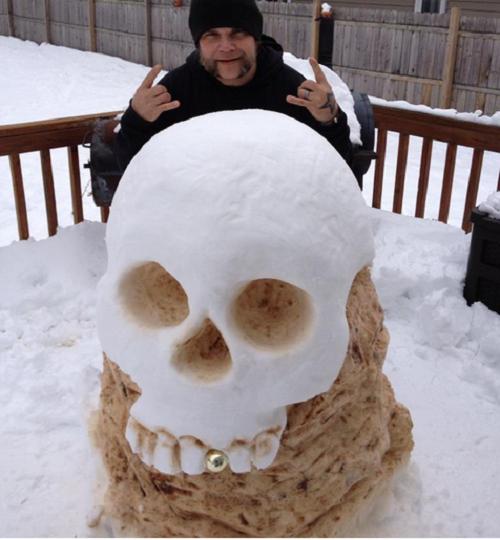 Что ты лепишь: Альтернативные снеговики со всего мира. Изображение № 21.