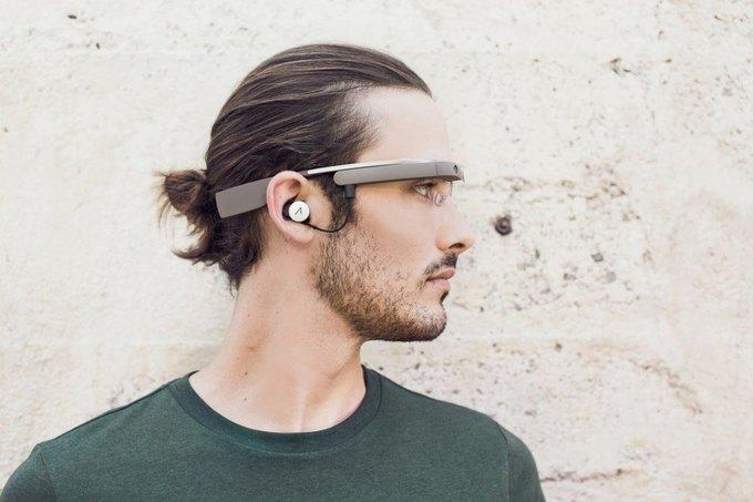 Google представили второе поколение очков Google Glass. Изображение № 2.