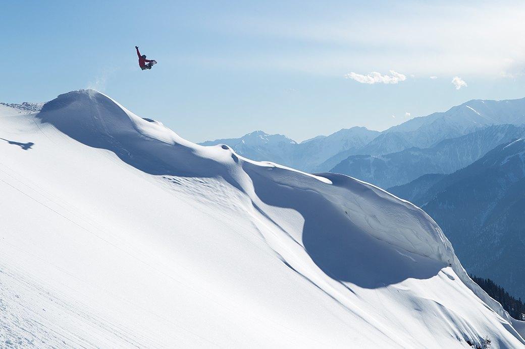 Фотопроект: 10 лет катания по самым экстремальным горам планеты . Изображение № 1.