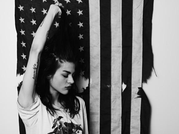 Фотосессия Эди Слимана с дочерью Кортни Лав и Курта Кобейна. Изображение №16.