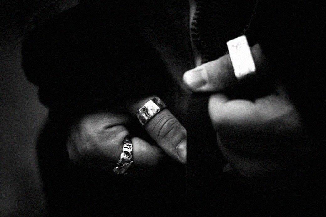 Серебряный сёрфер: Интервью с дизайнером ювелирных украшений Anchorbound Wares. Изображение № 9.