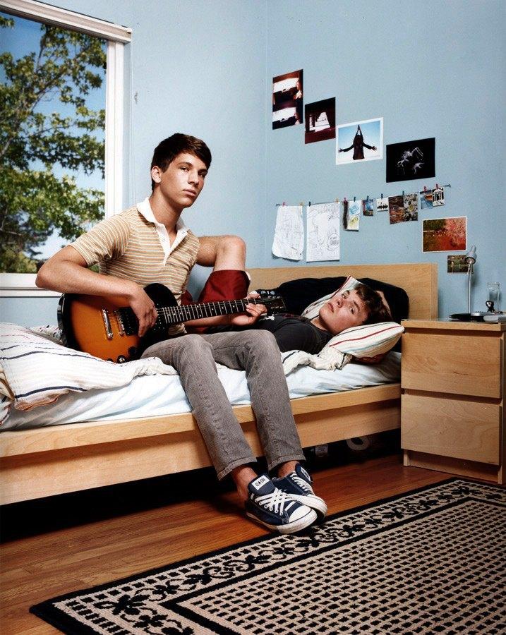 Нежный возраст: Подростки-гомосексуалы в фотопроекте Майкла Шарки. Изображение № 15.