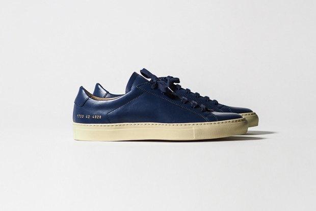 Марка Common Projects опубликовала лукбук осенне-летней коллекции обуви. Изображение № 3.