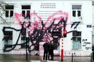 Уличный художник Kidult выпустил футболку «Your Luxury Is Our Misery». Изображение № 3.