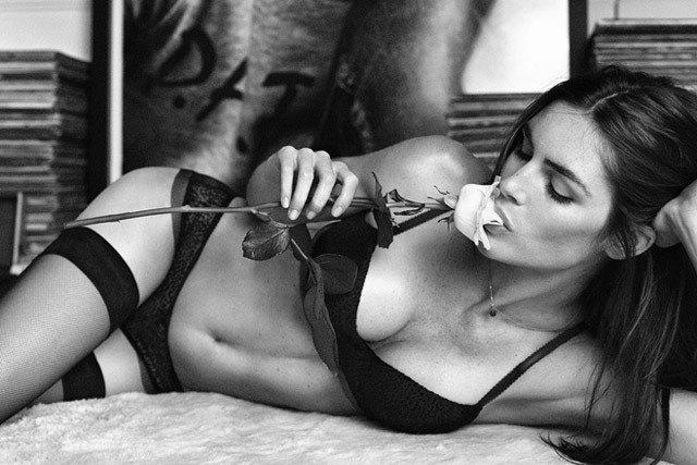 Американская модель Хилари Рода снялась в рекламе нижнего белья. Изображение № 6.