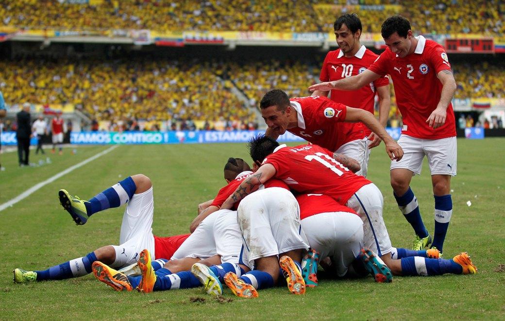 Красная угроза: Чего ждать от сборной Чили на чемпионате мира. Изображение № 5.