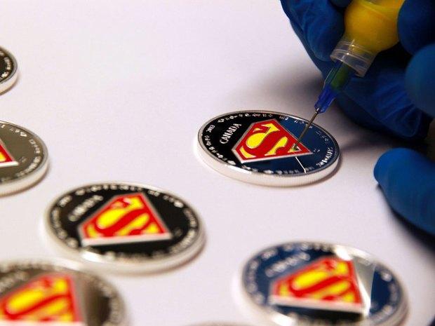 В Канаде выпустили коллекционные монеты с Суперменом. Изображение № 5.