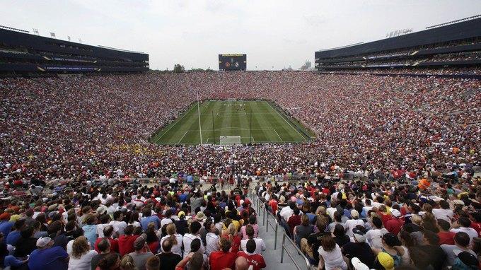 Матч между «Манчестер Юнайтед» и мадридским «Реалом» побил рекорд посещаемости в США. Изображение № 1.