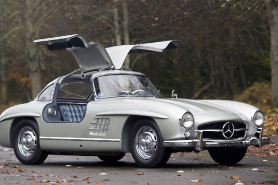 Редкий Mercedes-Benz 300SL продан за рекордную сумму. Изображение № 1.