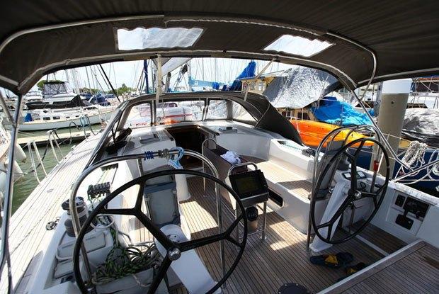 Морские практики: Как я отправился в бесконечное путешествие на яхте . Изображение № 3.