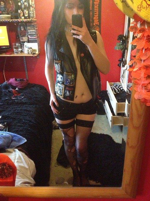 Battle Jackets: Tumblr-блог, посвящённый жилетам с нашивками. Изображение № 27.