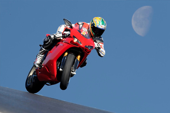 Новый супербайк Ducati Panigale и история его предшественников. Изображение № 18.