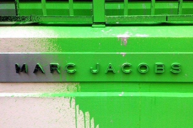 Художник Kidult вновь разрисовал магазин марки Marc Jacobs. Изображение № 2.