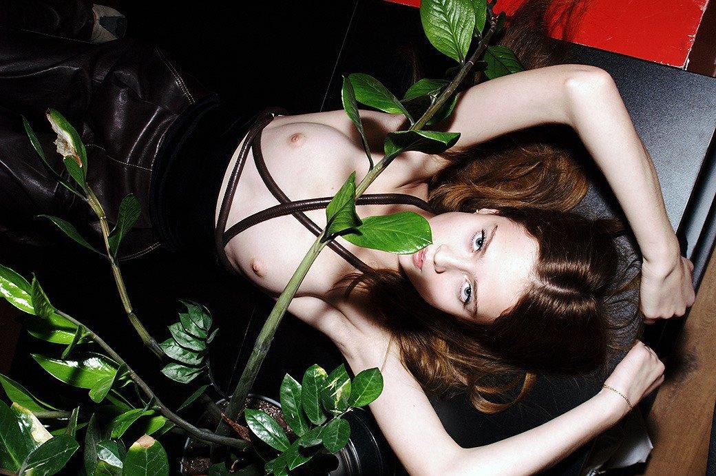 Фифа-2012: Читатели выбирают «Девушку FURFUR» этого года. Изображение № 45.