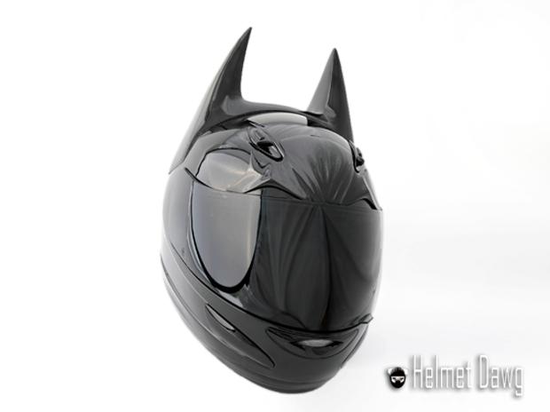 Компания Helmet Dawg спроектировала мотошлем по мотивам «Бэтмена». Изображение № 4.
