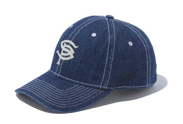Марка New Era представила совместную с другими брендами коллекцию кепок. Изображение № 9.