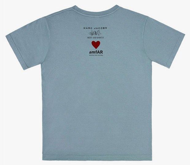Марка Marc Jacobs выпустила футболку с фотографией Кейт Мосс из юбилейного номера Playboy. Изображение № 2.