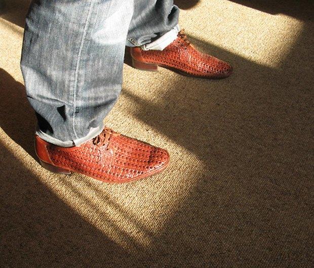 Jeans and Sheuxsss: Еженедельные обзоры худших сочетаний обуви и джинсов. Изображение № 13.