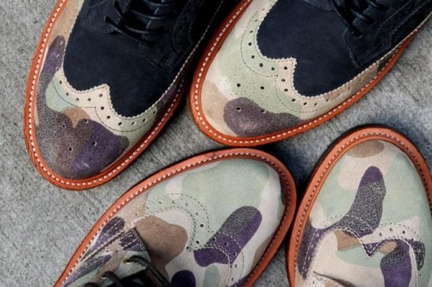 Дизайнер Ронни Фиг и марка Dr. Martens выпустили капсульную коллекцию обуви. Изображение № 8.