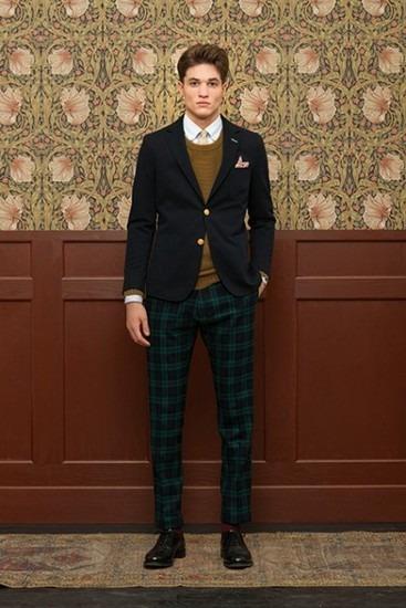Марка Gant Rugger выпустила лукбук новой коллекции одежды своей линейки Holiday. Изображение № 6.
