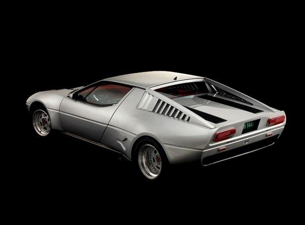 Кастомная версия спорткара Maserati Merak 1975 года уйдет с молотка. Изображение № 2.