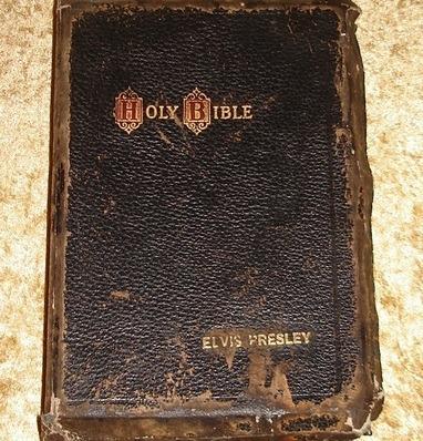 Библию Элвиса Пресли продали на аукционе за 59 тысяч фунтов. Изображение № 6.