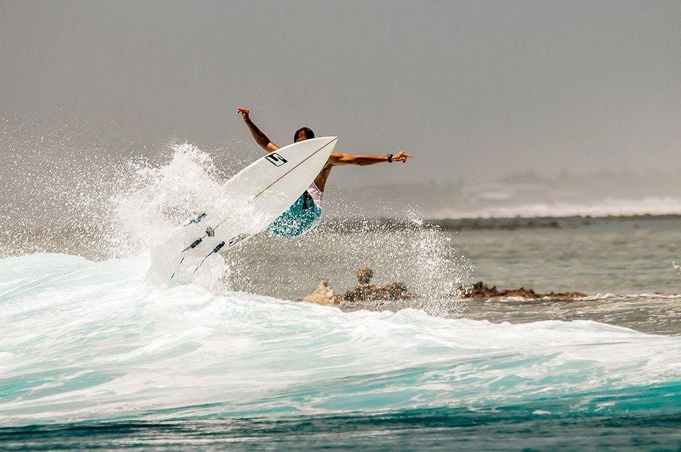 Russia Goes Surfing: Репортаж из серферского лагеря на Мальдивах. Изображение № 24.
