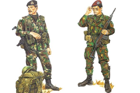Форма немецких и итальянских войск конца восьмидесятых годов. Итальянцы даже на службе не теряют щегольства. Изображение № 3.