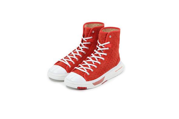 10 самых спорных моделей кроссовок 2011 года. Изображение № 62.