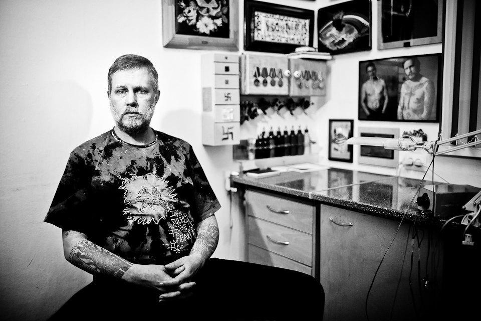 Бьет — значит любит: Старейшие татуировщики Москвы и их лучшие работы. Изображение № 34.