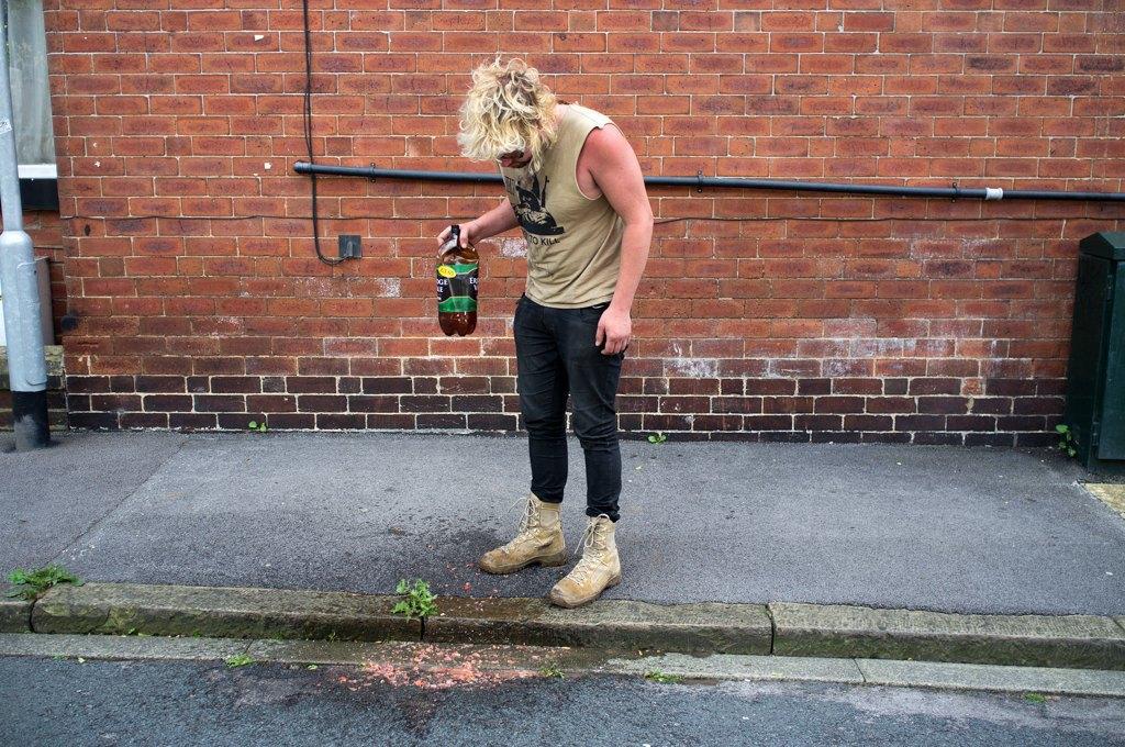 Как британские подростки создают панк-сообщества в заброшенных домах. Изображение № 24.