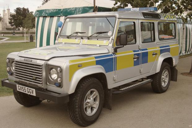 Полицейский беспредел: Самые навороченные авто на службе полиции разных стран. Изображение № 9.
