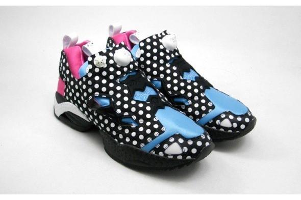 10 самых спорных моделей кроссовок 2011 года. Изображение № 12.