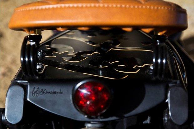 Итальянская мастерская Centro Modo Lodi представила «королевский» кастом модели Triumph Thruxton. Изображение № 6.