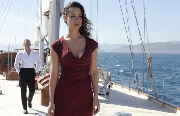 Суперяхта из нового фильма о Бонде продается за 14 миллионов долларов. Изображение № 1.